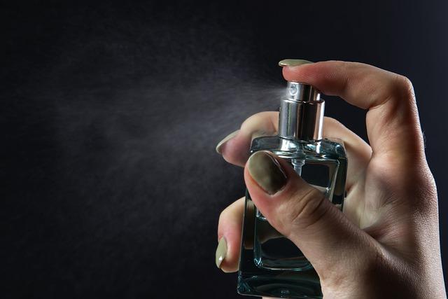 Co to jest woda toaletowa i czym się różni od innych zapachów